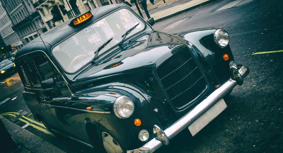 London taxi cabs required to accept card and contactless payments